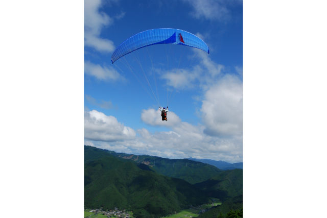 【タンデム】標高630mの岩屋山上空からテイクオフ★本格的に飛んでみたい!