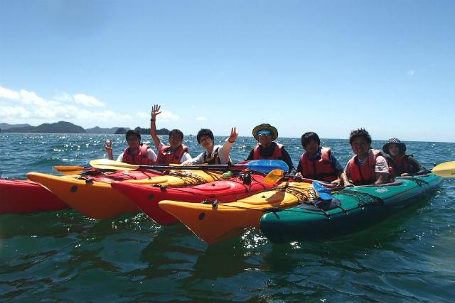 【和歌山・1日・シーカヤック】穏やかな入江と美しい海岸線!すはら海岸で海と一体に