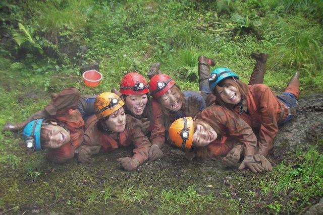 【岐阜・ケイビング】川と洞窟をたっぷり探検!ケイビング&ダッキープラン(1日)