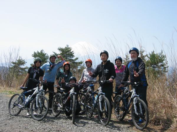 【山梨・MTB】初心者OK!河口湖周辺を爽快に、マウンテンバイク体験!