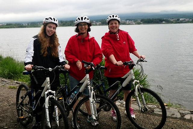 【山梨・MTB】ガイドと一緒に世界文化遺産を巡ろう!富士山サイクリングツアー