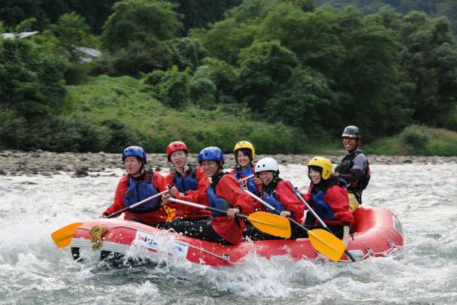 【半日・長野県犀川】ラフティング+ジンギスカン+温泉の満喫プラン!