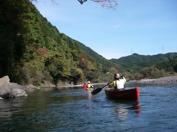 【栃木・那珂川・カヌー】2人乗りカヌーで、清流・那珂川をのんびり川下り!