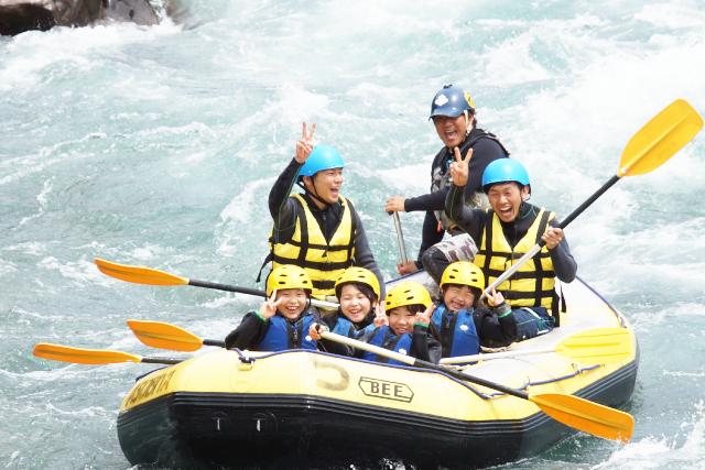 【2.5%還元】半日・長良川ファミリーラフティングツアー【2名から予約可能】