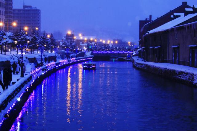 【小樽・クルージング】ガス灯きらめく夜景!ロマンチックな小樽運河ナイトクルーズ
