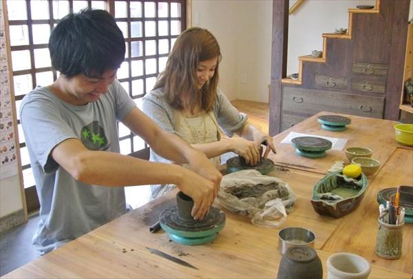 【奈良市・陶芸体験】作れるものは自由!観光エリア「ならまち」で陶芸体験