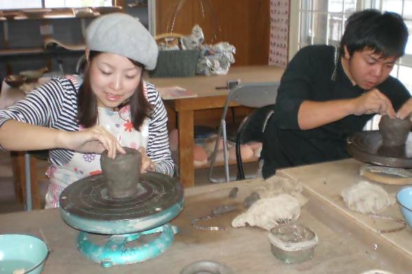 【仙台・手びねり・90分】粘土1kgゆっくり作れる陶芸体験。仙台中心部より車で約30分。手びねり90分プラン