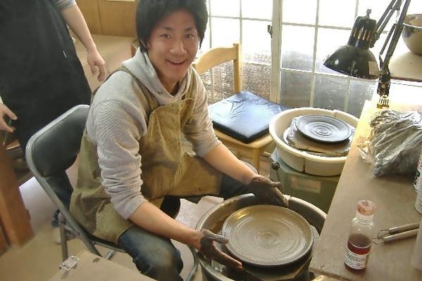 【60分・電動ろくろ】気分はプロの陶芸家。でんどう体験プラン