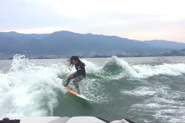 【滋賀・琵琶湖・マリンスポーツ2種】お得パック!バナナボート&ウェイクサーフィン