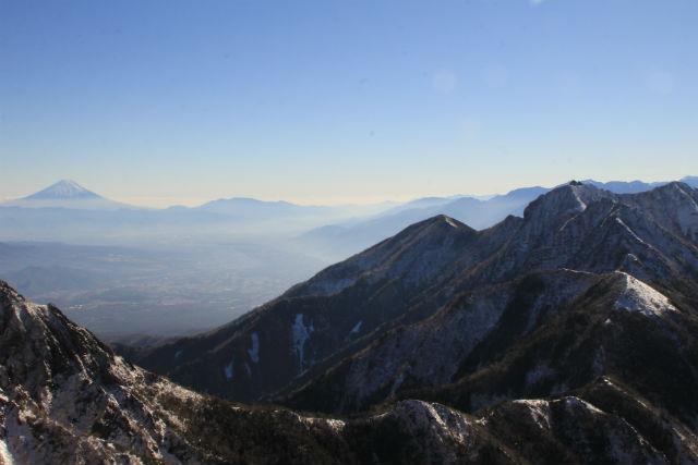 長野・八ヶ岳(阿弥陀岳・赤岳)・登山ツアー(1泊2日)
