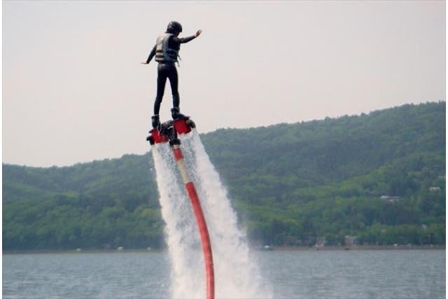 【山梨・山中湖・フライボード】セットでお得!ウェイクボード&フライボードプラン