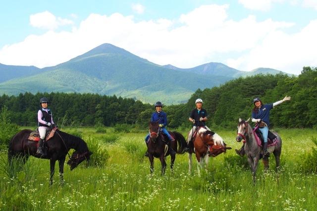 【八ヶ岳・乗馬体験】八ヶ岳・南アルプスの大絶景!極上の150分ホーストレッキング