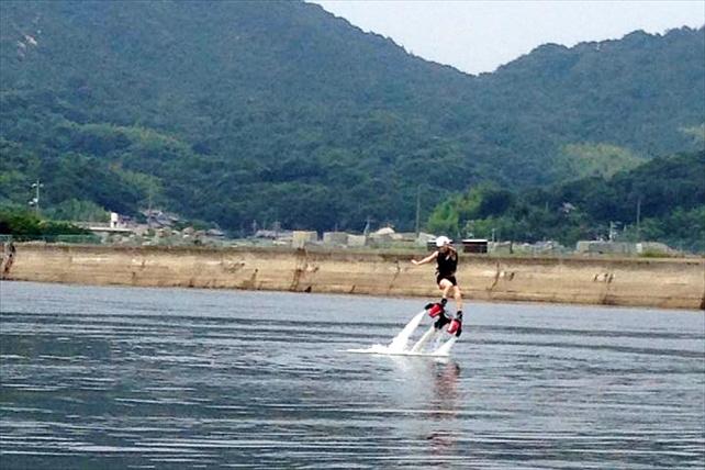 【愛媛県・フライボード】初心者も気軽にトライ!大島の海で空を飛ぼう