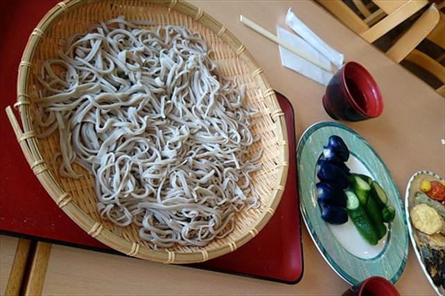 【新潟魚沼・そば打ち体験】10時開始!自然食材を満喫!そばの喉越しと風味を味わおう!(2時間)