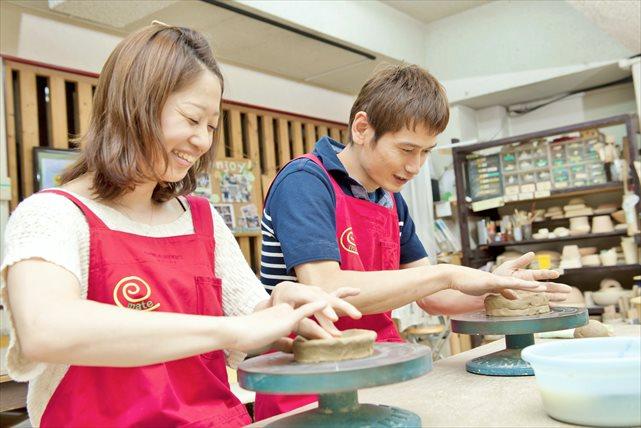 【大阪梅田駅近】毎日開催!自分だけのオリジナルが作陶できる、手びねり体験