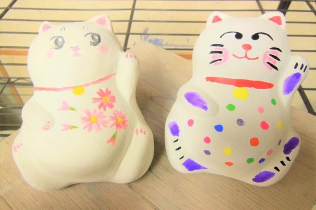 【大阪・梅田・陶芸体験】当日持ち帰りOK。日本旅行の思い出に!幸せを呼ぶ「招き猫」絵付けプラン