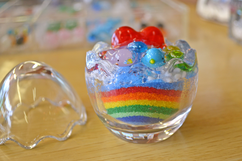 【ジェルキャンドル作り・秋田・ふるさと村】横手ICから3分!ぷにぷにキラキラ!ガラスのミニチュアがかわいいジェルキャンドル体験
