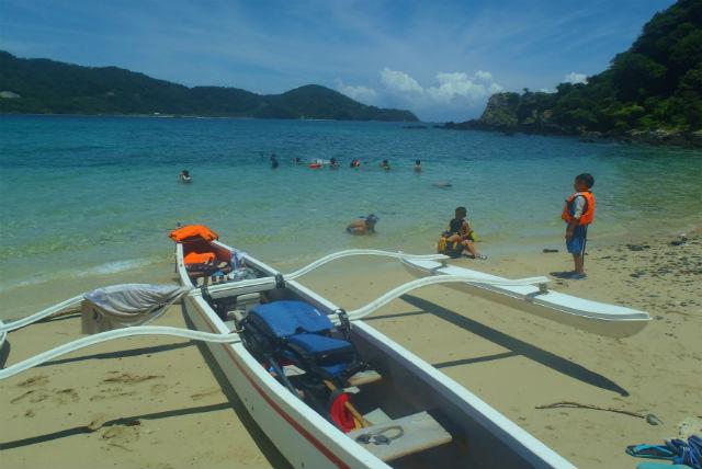 【奄美大島・カヌー】仲間と楽しむ!アウトリガーカヌーとシュノーケリング半日体験