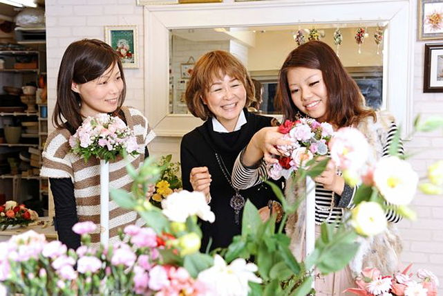 【大阪・プリザーブドフラワー】花のある生活!プリザーブドフラワーでインテリア作り