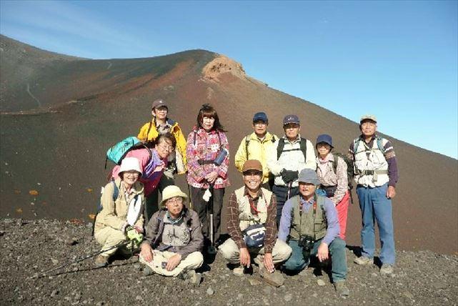 【山梨・静岡・エコツアー】見どころ満載!富士最後の噴火山、宝永火山の火口を巡ろう