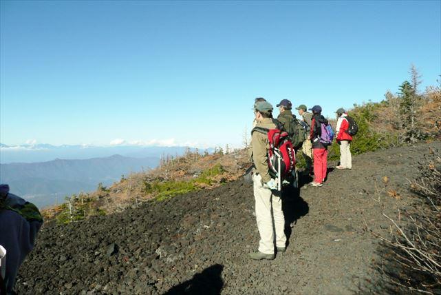 【山梨・エコツアー】大迫力の大沢崩れ&雲上の絶景を堪能するお中道を行く!富士山ツアー