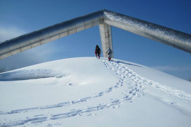 【札幌・スノーシュー】イサム・ノグチに思いを馳せるモエレ沼公園スノーシューツアー