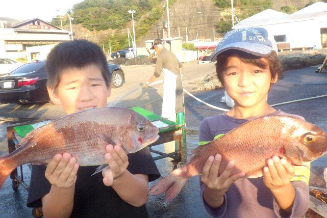 【和歌山県田辺市・海釣り体験】誰でも大漁ゲット!ご家族で楽しめる洋上の釣り堀