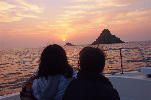 【宮崎・サンライズ・サンセットクルーズ】船上からきらめく朝日や夕日をゆっくり眺めてみよう