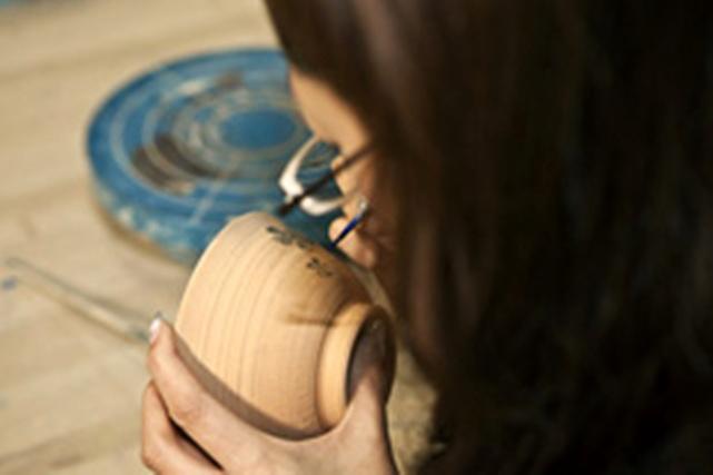 【徳島県・陶芸体験】徳島県鳴門市の伝統工芸に出会う旅。大谷焼に絵付け体験
