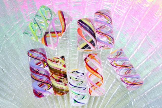 【軽井沢・ガラス細工】模様や文字を楽しく彫刻!ガラスのオリジナルはんこを作ろう