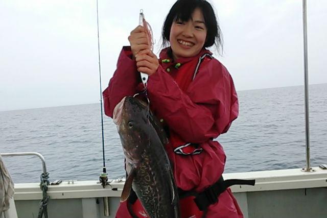 【富山・氷見・貸切・釣り体験】クルーザー貸切で、ハチメと底物釣りを楽しもう!