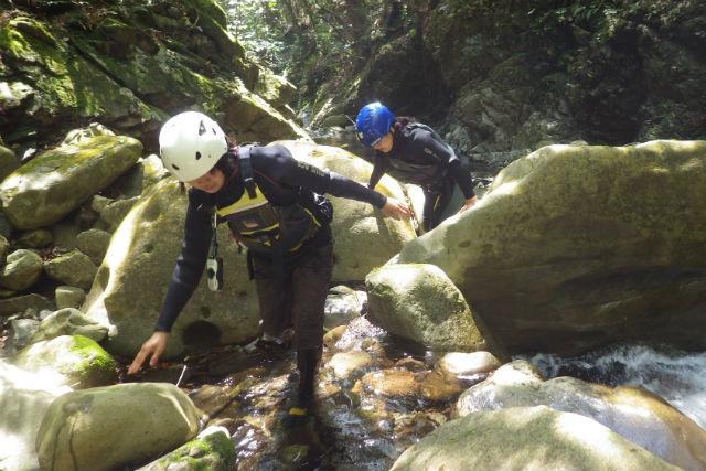 【徳島・シャワークライミング】お子さまと一緒に大自然を冒険!ファミリーコース(1時間半)