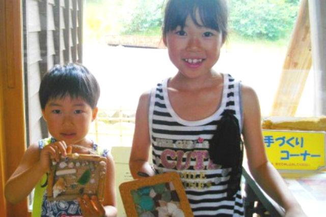 【京都府京丹後市・マリンクラフト】貝がらとシーグラスでコルクフレームを作ろう!