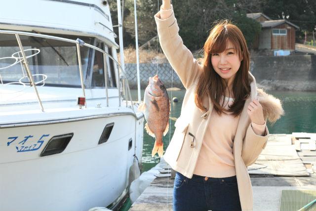 【三重県志摩・釣り場】釣竿&エサ付き!手ぶらで楽しめる海上釣り堀プラン