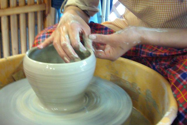 【群馬県川場村・陶芸教室】たっぷり陶芸を楽しめる!2品作れる45分・Aコース