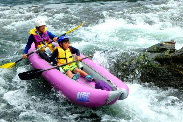 【徳島県・ダッキー】初心者コースにチャレンジ!鷲敷ラインでダッキー川下り