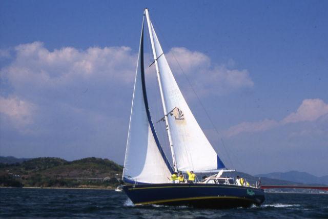【静岡・浜名湖・ヨットクルージング】豪華なヨットを手軽に利用!お試し30分プラン