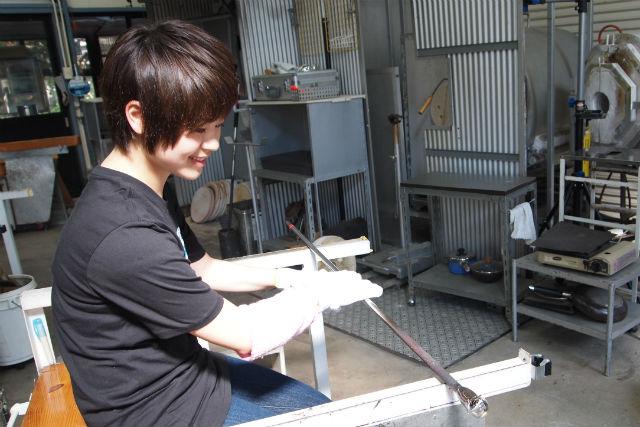 【埼玉県ふじみ野市・ガラス細工】オリジナルのグラス作り!一口グラス、一口ビールグラスを作ろう