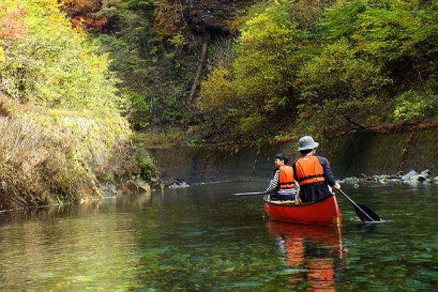 【群馬・1日・カヌー】四万温泉も魅力!奥四万湖の魅力がつまったカヌー散策へ
