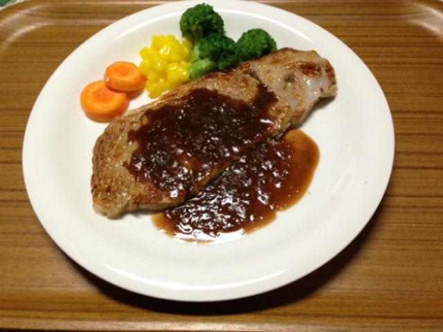 【三重・食品サンプル作り】肉汁!ツヤ!リアルなステーキを作ってみよう!