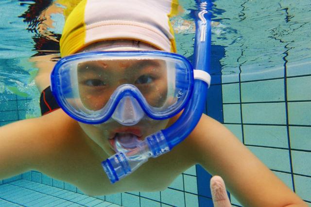 【千葉県・スノーケリング】プールで行う基本レッスン!安全なスノーケリング教室