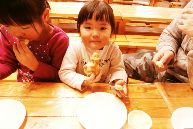 【北海道・富良野・料理体験】お土産におすすめ。ふらの野菜パン&バター手作り体験