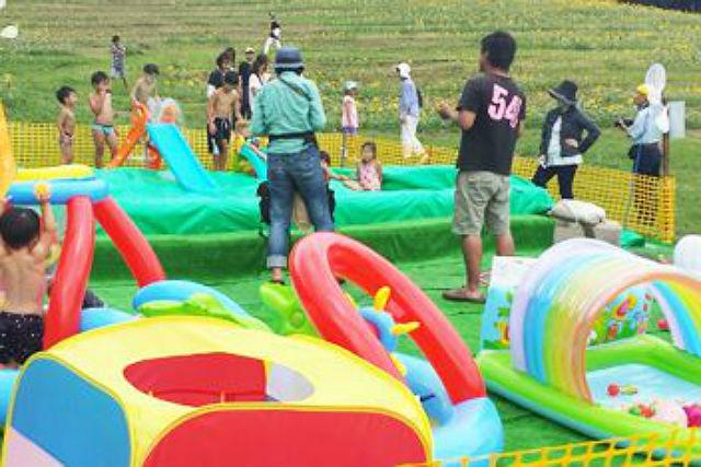 【兵庫・公園・キッズパーク】遊具&キッズプールで大はしゃぎ!夏の思い出を作ろう