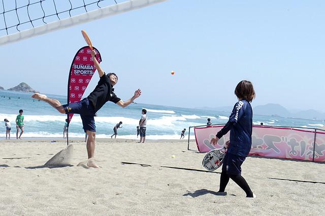 【鳥取・白兎海岸・ビーチテニス】潮風がさわやか!美しい砂浜で、すなばテニスに挑戦