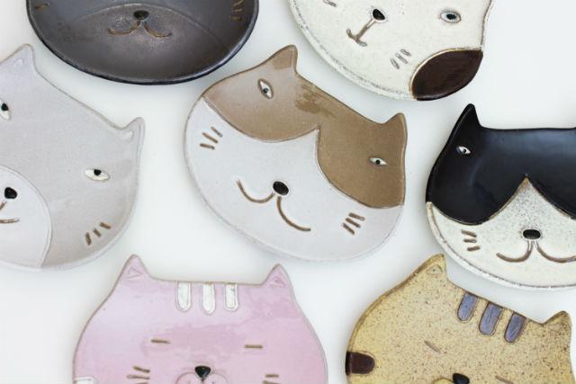 【大阪・陶芸】ねこの顔皿7変化!6歳から楽しめる陶芸体験