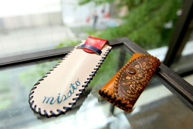 【大阪・梅田・レザークラフト】コンパクトで便利!キーケースorペンケースorパスケース作り