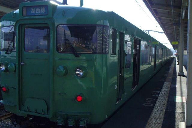 【京都発・琵琶湖・ガイドツアー】ローカル線で行く!びわこ一周電車ツアー