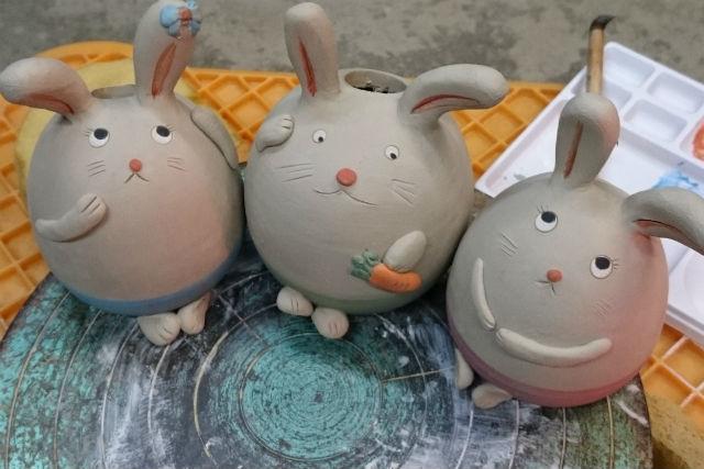 【山形・新庄市・手びねり・絵付け】可愛いモチーフの陶芸人形を作ろう!