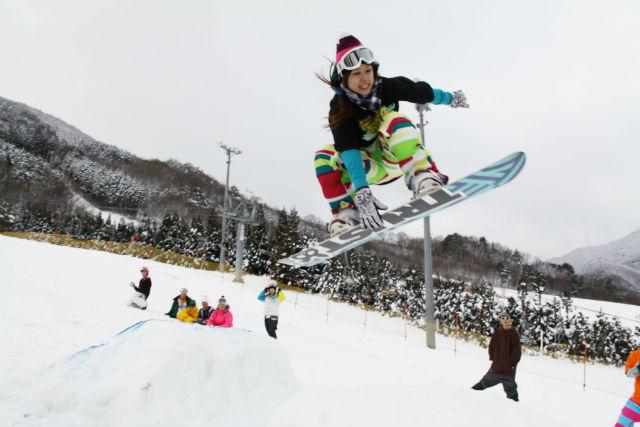 【岡山・スノーボード】レベルアップ&初心者向け!スノーボードレッスン4時間