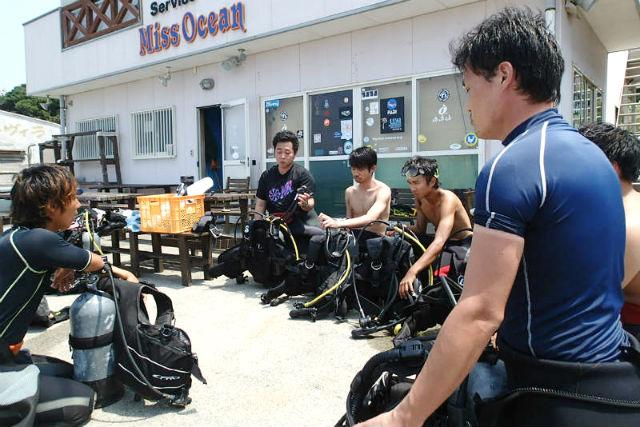 【和歌山・体験ダイビング】小さな勇気が大きな感動へ!南紀白浜のキレイな海に潜ろう